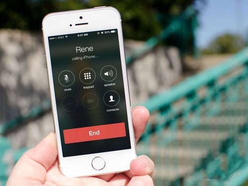 这六种接电话的习惯 严重损害健康