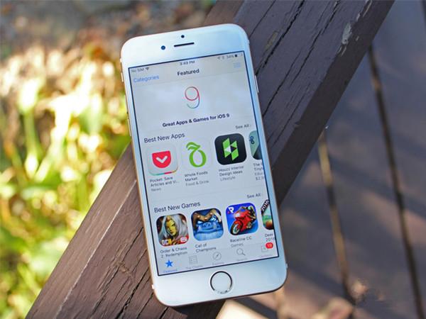 """苹果被指随意操纵App Store排行  自做""""免费广告"""""""