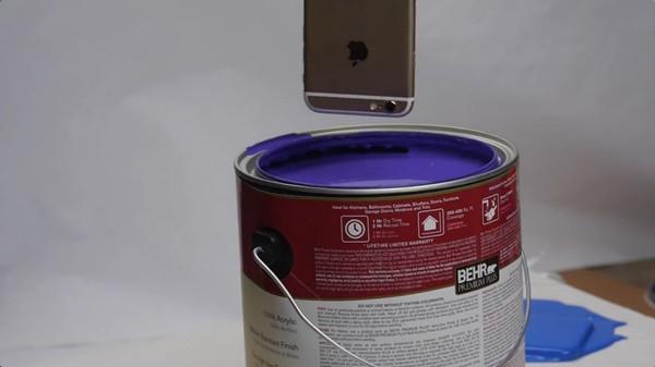是有多大仇?要把iPhone 6s染了油漆后再钻孔