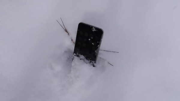 iPhone遇冷关机:大多数网友表示并不介意