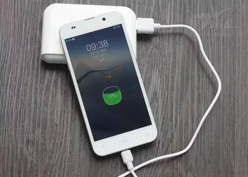 iPhone整晚充电到底会不会伤害手机电池?