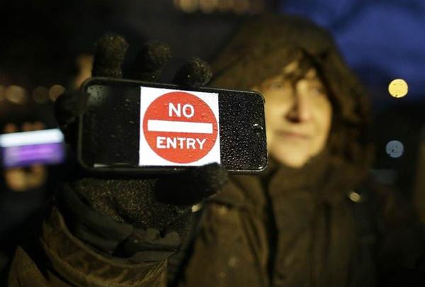 该不该协助FBI解锁iPhone? 已上升到美国国会
