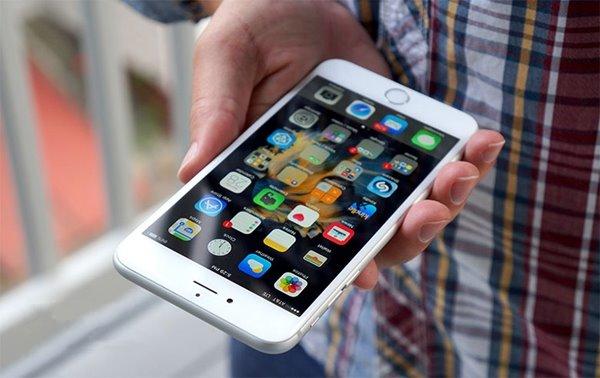苹果iPhone中国销量增速放缓,华为小米等加速赶上