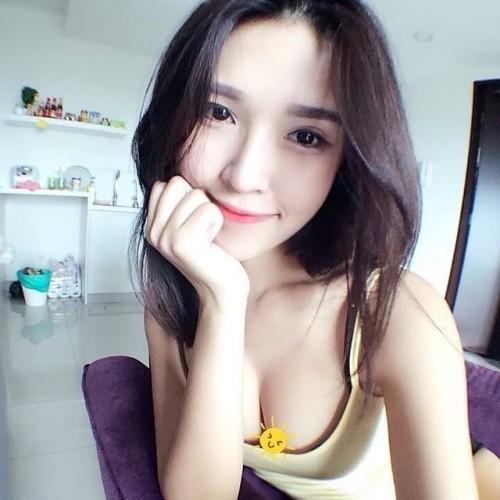 马来西亚娜美身材女玩家晒私照:最爱Dota2胜率90%