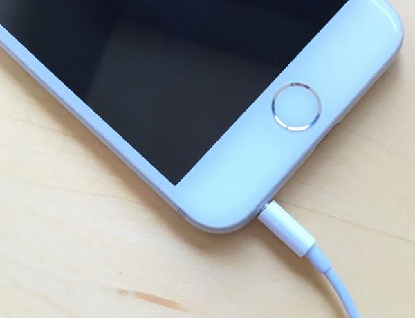 假如iPhone出现卡耳机模式问题怎么办