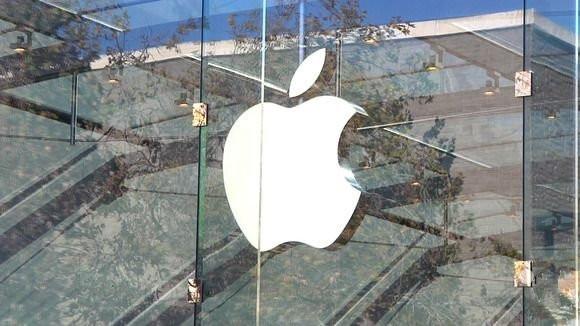 """苹果遭遇的""""中年危机""""  iPhoneSE也救不了场"""