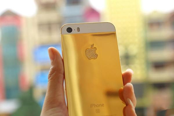 镶金镶钻奢侈版iPhoneSE  豪气逼人来一部
