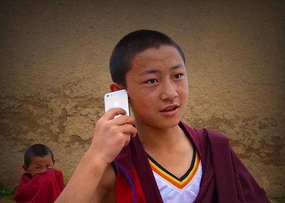贴心的iOS  藏族朋友爱上iPhone没商量