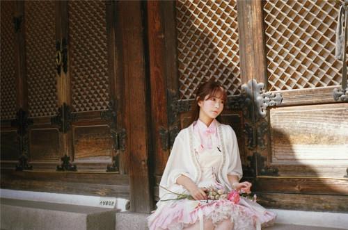 回眸一笑百魅生 yurisa让你感受春天的气息