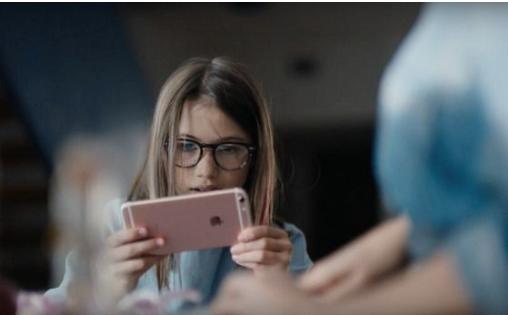 iPhone 6s新广告出炉 苹果脑洞大过天