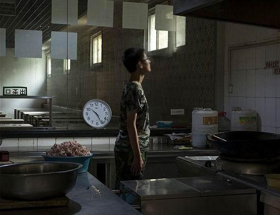 美国记者走进中国戒网学校:他们让孩子们丧失个性