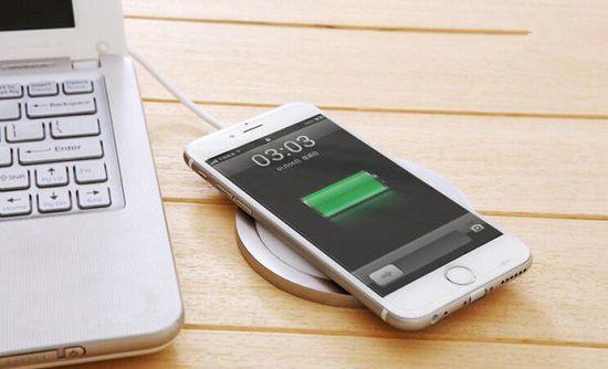 iPhone8你想要快充还是无线充电?