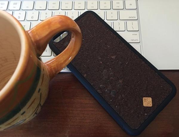 谈情说爱时来点芬芳,这个iPhone手机壳格调够高!
