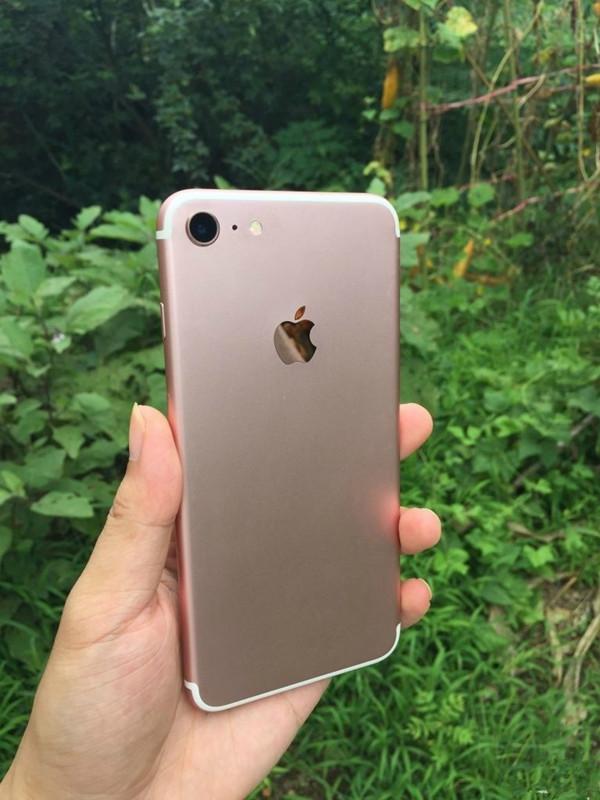 一大波iPhone 7/7 Pro清晰谍照来袭