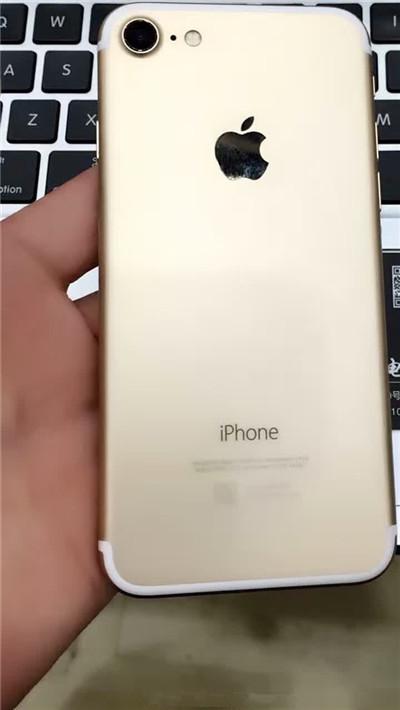 什么鬼?iPhone 7真机开机系统竟不是iOS