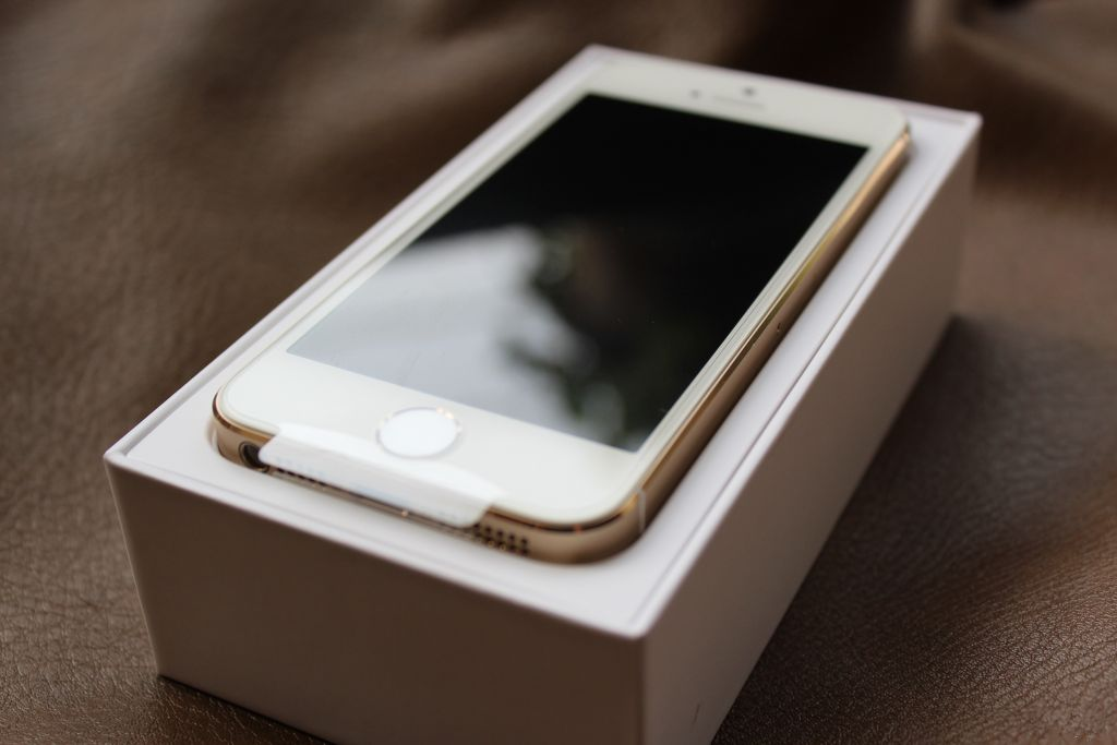 """如此""""命大""""的苹果iPhone手机    万中无一"""