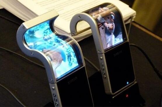 来迟了还是来巧了?新iPhone终于加入OLED 阵营