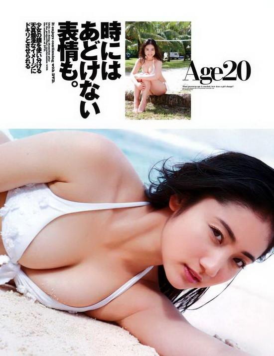 写真界神7降临 日本网友票选7位最强性感美女