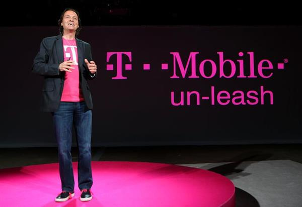 "iPhone 7销量""庞大"" :消费者购买意向是iPhone 6的四倍"