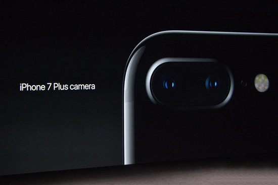 """iPhone 7 Plus取代相机?高端单反相机遭遇""""危机"""""""
