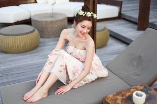 韩网红女主播晒美照 身材太完美简直不科学