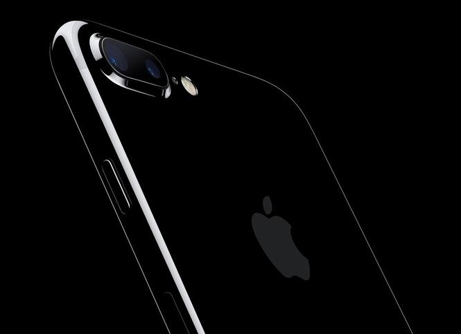 iPhone7/7 Plus开售首周:亮黑色缺货严重