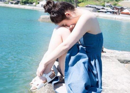 女神陪你过岛国艺术季 青春洋溢的情感小女人