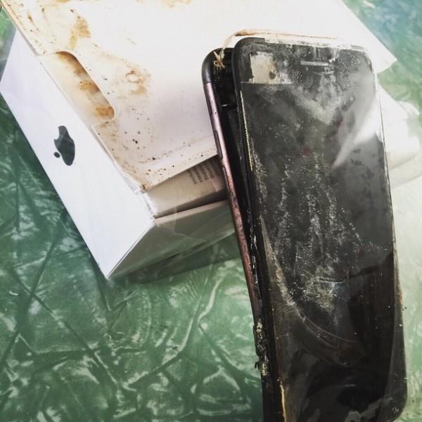 iPhone 7全球首炸!这样的iPhone 7你还想买吗