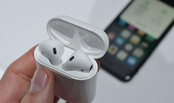 万万没想到AirPods竟如此受欢迎:苹果又要大赚一笔