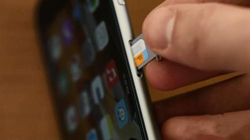 苹果iPhone7怎么插sim卡?插卡需要关机吗