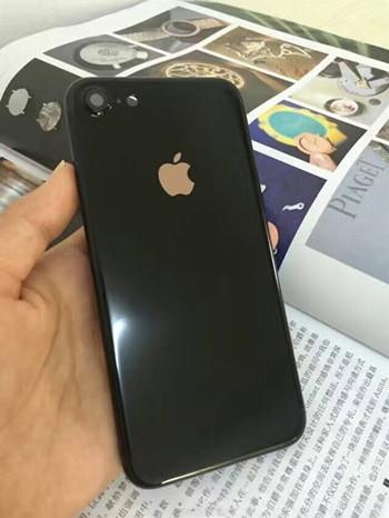 华强北爆改:iPhone 6改亮黑iPhone 7只要百十块