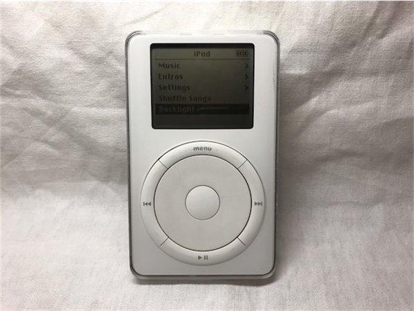 罕见2002年iPod原型机出现:红色主板,要价10万美元
