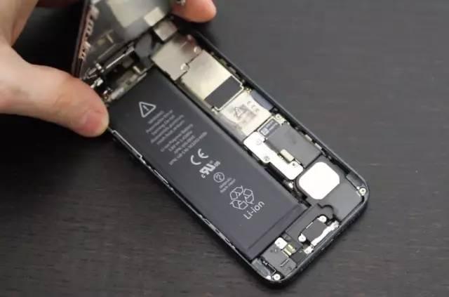 你的苹果iPhone 还能再战几年?