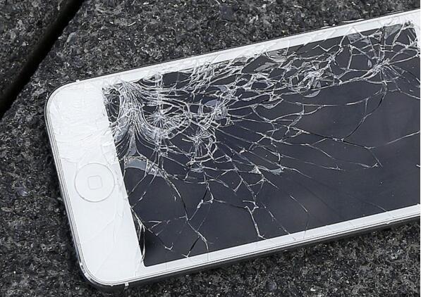 iOS设备跌落易碎怎么办 苹果或许有办法