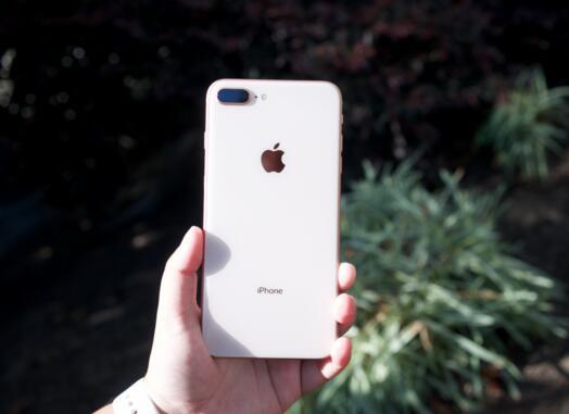 iPhone 8和iPhone 8 Plus亮点颇多 设计与技术都有升级