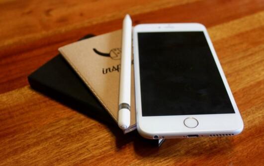 6.4英寸?明年iPhone屏幕有必要那么大?