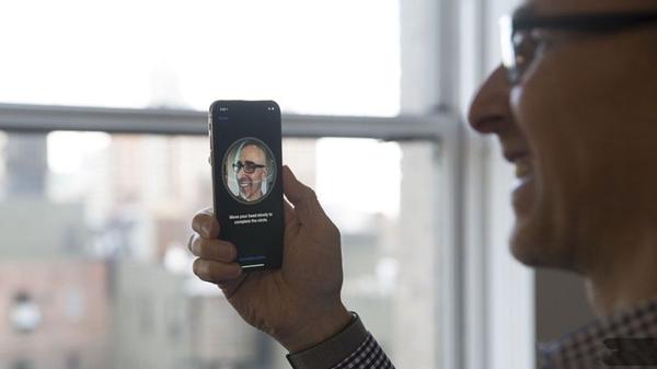 苹果:面容ID为什么一次只能存储一张脸