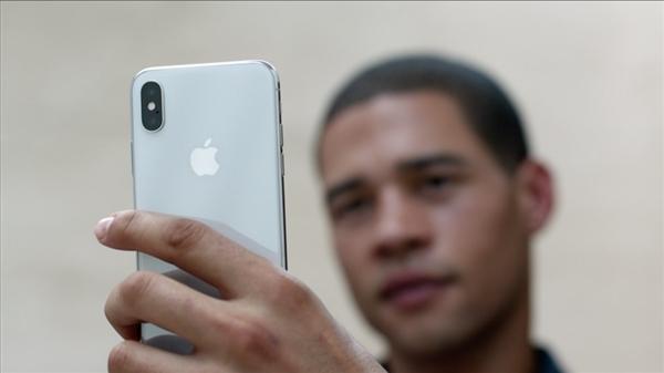 苹果:iPhone X电量不足10% Face ID没法用