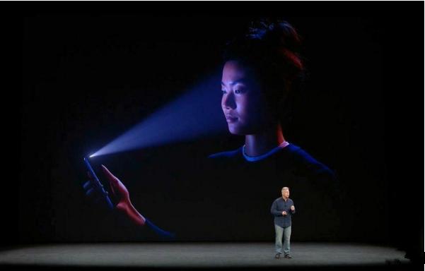 """iPhone X面容ID被""""攻破""""这个事  你怎么看"""