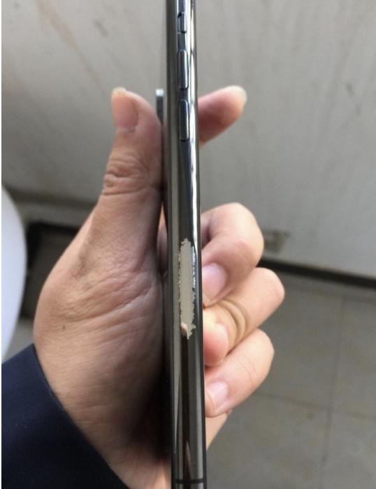 杂音、掉漆、失灵…iPhone X重重问题挡不住中国果粉的热情