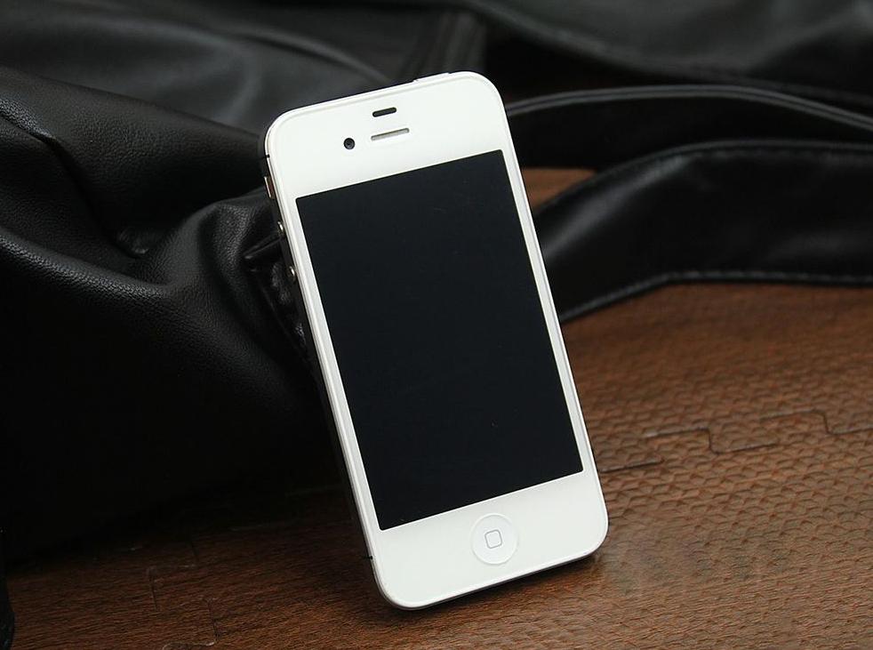 苹果iPhone/iPad设备黑屏怎么办?