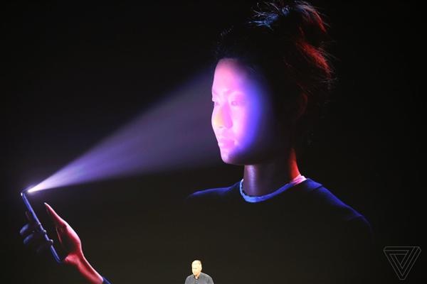 苹果谈iPhone X未来:人脸识别提升、全面屏更彻底