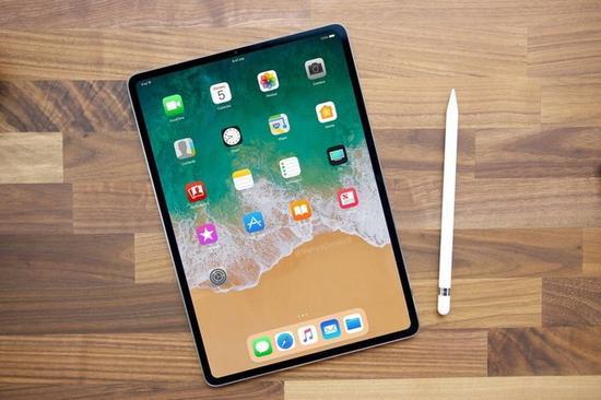 首席设计师回归:2018苹果新品还糟心吗