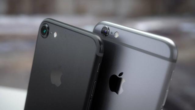 手持四千五:华为Mate10和iPhone7该怎么选?