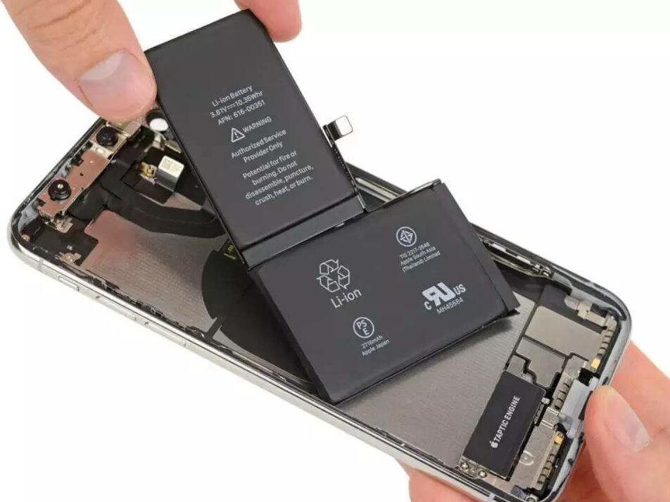 老款iPhone用户吐槽:苹果从换新电池中狂获利