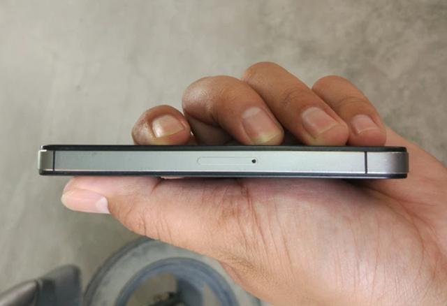 200的iPhone 4S上手体验,还是iOS 6老系统,非常流畅!