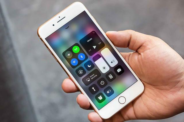 从安卓转投iOS,苹果iPhone确实有四大特点稳固地位