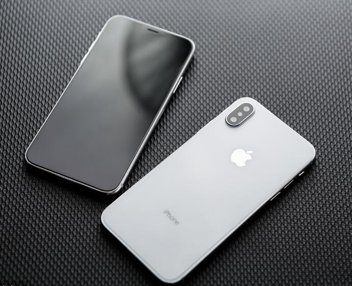 iPhone9或9月份上市,谈到价格网友瞬间凉凉!