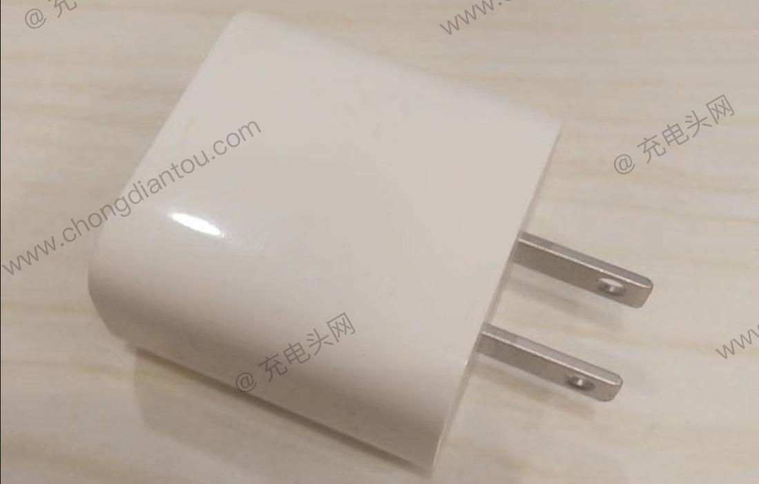 疑似新一代iPhone 18W USB PD充电器曝光