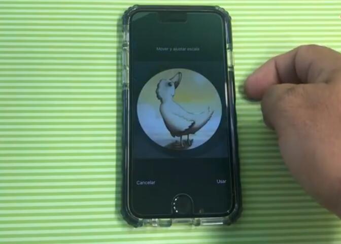 苹果iOS12新漏洞视频:无需解锁即可查看联系人及照片